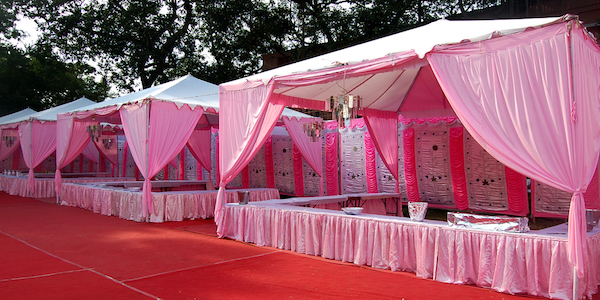 Arabic Majlis Tent Arabic Majlis tent has its own value with its low seating area setup. Arabic Majlis wedding tent is a traditional icon for all United ... & Wedding Tent Rentals: Modern Tents for Rent | Arabic Wedding Tent