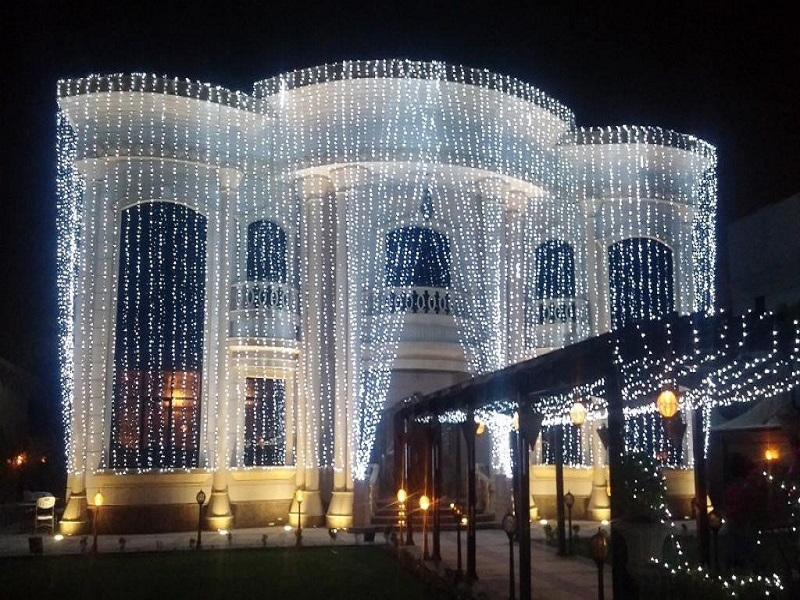 outdoor wedding light decoration in dubai