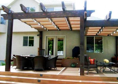 outstanding-backyard-and-home-exterior-decoration-using-mahogany-wood-pergola-wood-700x525